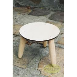 Drewniany stojak na doniczkę